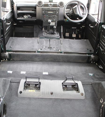 Defender Puma 110 5 Seat Utility Premium Full Carpet Set - EXT021-14